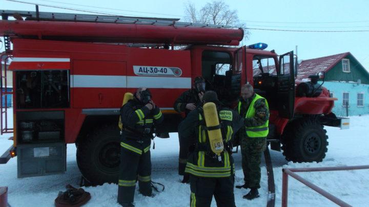 С личным составом ПЧ-42 с. Ловозеро проведены пожарно-тактические занятия