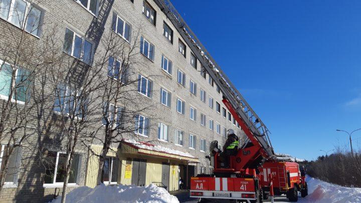В Оленегорском  филиале ГПС МО прошли занятия по тушению условного пожара