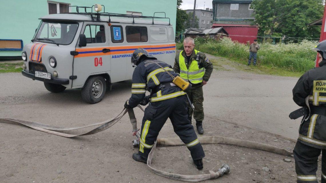 Кольский филиал ГПС МО принял участие в учебно-тренировочном занятии по действиям аварийных и экстренных служб при запахе газа