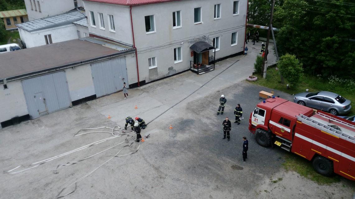 В Кольском филиале ГПС МО прошел Чемпионат по пожарно-строевой подготовке