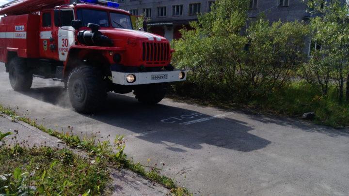 В пожарных частях Кировского филиала ГПС МО прошел 1 этап соревнований по скоростному маневрированию на пожарном автомобиле среди водителей