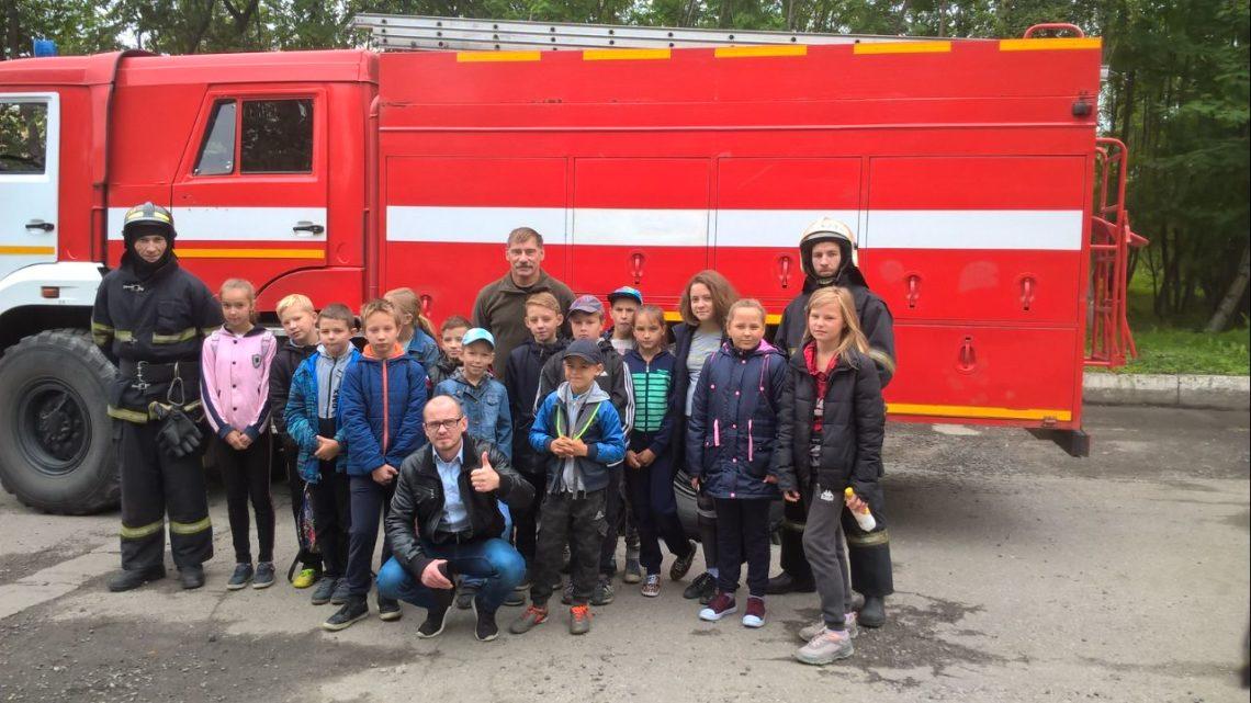 На базе ПЧ-20 Кольского филиала ГПС Мурманской области прошла экскурсия для воспитанников ДЮСШ п. Молочный