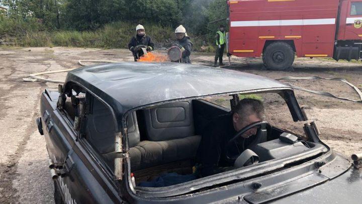 Кольский филиал ГПС МО приняли участие в тактико-специальных учениях по ликвидации последствий дорожно-транспортных происшествий