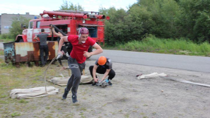 На базе ПЧ-41 п. Ревда, прошел Чемпионат Оленегорского филиала ГПС МО по пожарно-спасательному спорту