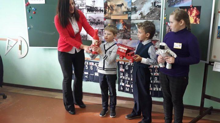 Работники Центра ПП и СО проводят цикл выездных лекций в образовательных учреждениях г. Мурманска
