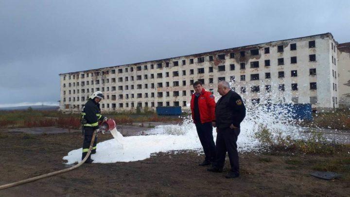 Начальник Кольского филиала ГПС Мурманской области проверил организацию и несение караульной службы работниками ПЧ-28 н.п. Туманный.